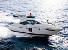 Motorbåt i Frankrike